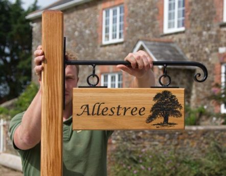 Hanging Oak Sign