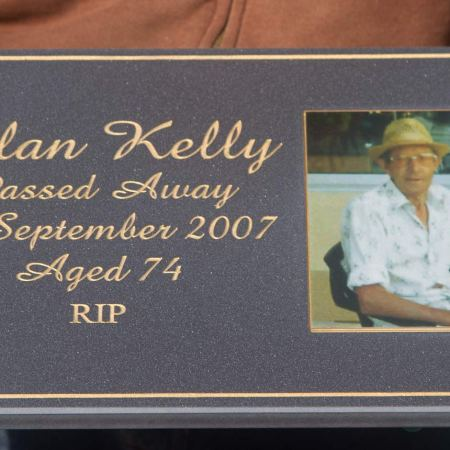 full colour memorial plaque the sign maker