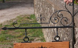 wrought-iron-bracket-3