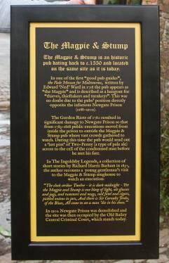 gold-printed-framed-sign